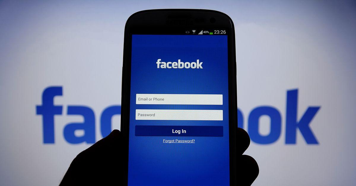 Facebook scandal, Cambridge Analytica, Mark Zuckerberg, Minds, social media platforms, crypto-currencies, Ethereum, Bitcoin