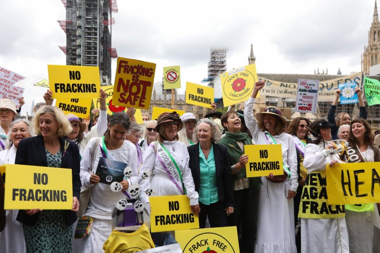 Cuadrilla Resources, U.K. fracking conflicts, fracking protests, fracking ban, Manchester fracking ban, carbon emissions, hydraulic fracturing