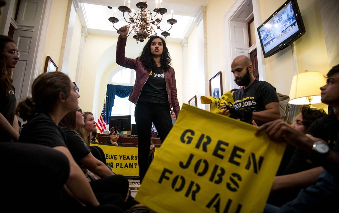 Student activists with the Sunrise Movement occupy Nancy Pelosi's office to demand that she and the Democrats act on climate change on November 13, 2018, in Washington, DC. (Shutterstock / Rachael Warriner)