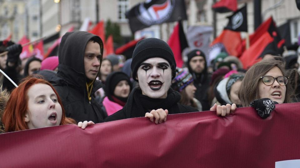 Poland far-right, All Poland Youth, Poland xenophobia, Warsaw Antifascist Collective, antifascists, Poland fascism