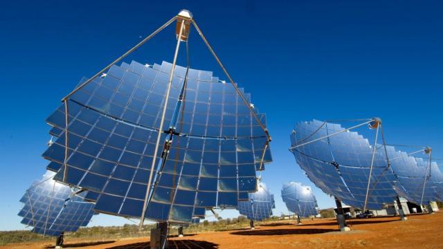 Australian Energy Market Operator, Australian renewable energy, Australian energy economy, Energy Networks Australia, solar energy, wind energy